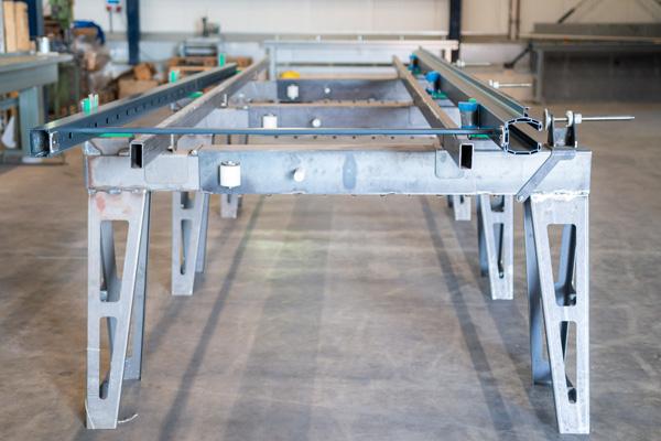 Rhino Torsysteme Produktion elektrische Hoftore Aluminium